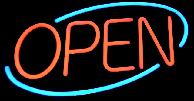 otevřeno